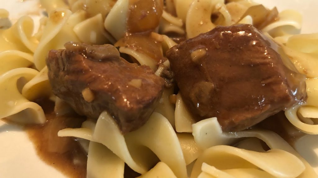 Crockpot Beef Tips & Gravy Easy Recipe  | Southern Sassy Mama